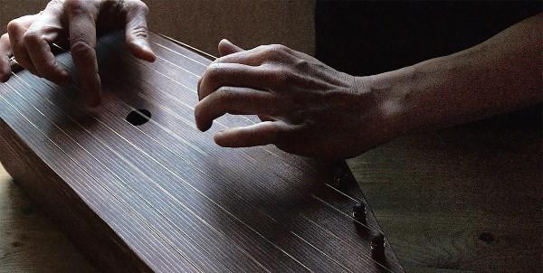 Musiikkiterapia ja Sielunhoito Oona Kentz